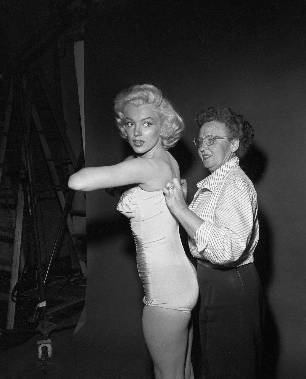 Marilyn Monroe Getting Help with Bathing Suit