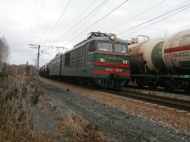 Электровоз ВЛ10-1678 на перегоне УАЗ - Пост 19 км