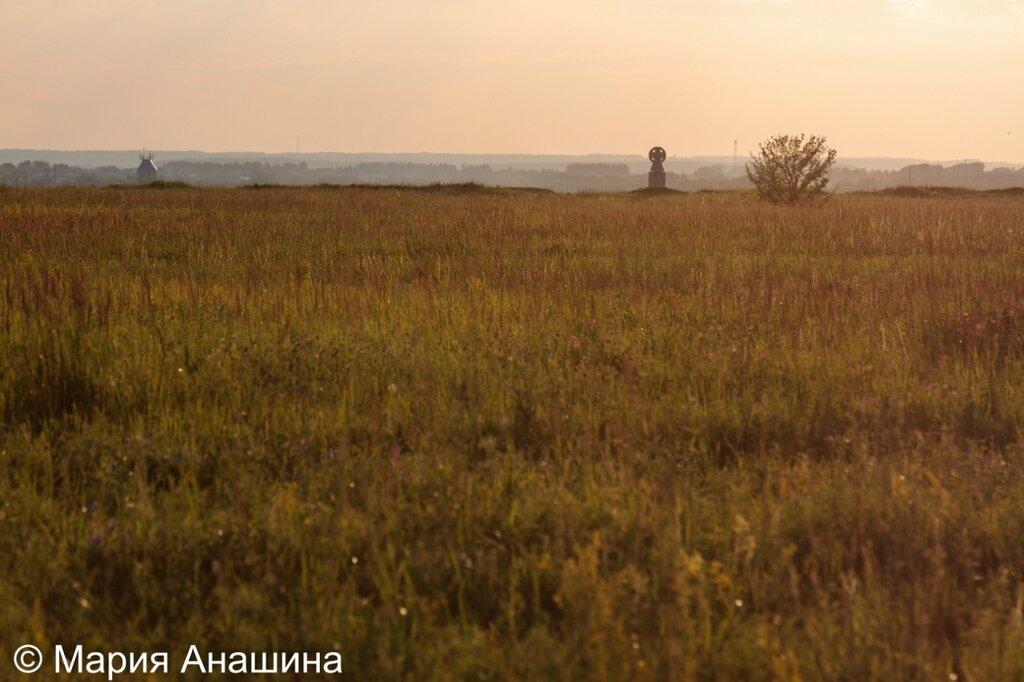 Памятный крест в городище Старая Рязань