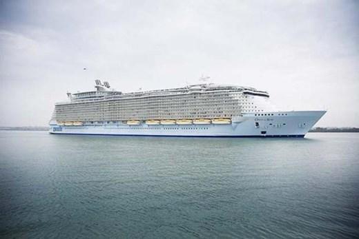 Фотографии: 10 самых больших круизных лайнеров мира