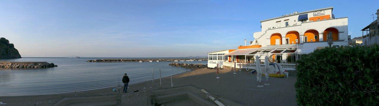 Искья, Лакко Амено. Пляж Лидо Итатка (Spiaggia Lido Itaca)
