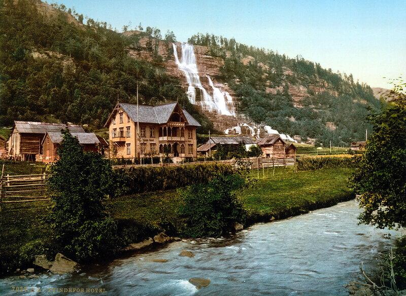 11. Водопад Твиндефоссен и отель, Хардангер-Фьорд, губерния Хордаланн