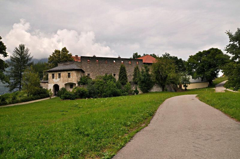 Крепость Груттенштайн