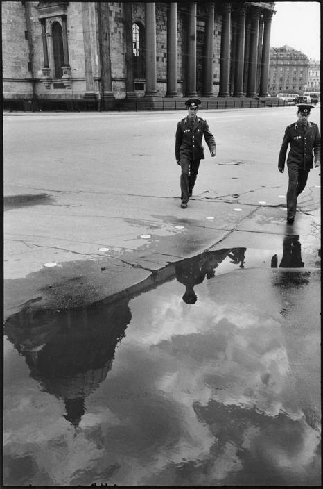 1972.  Ленинград. Возле Казанского собора