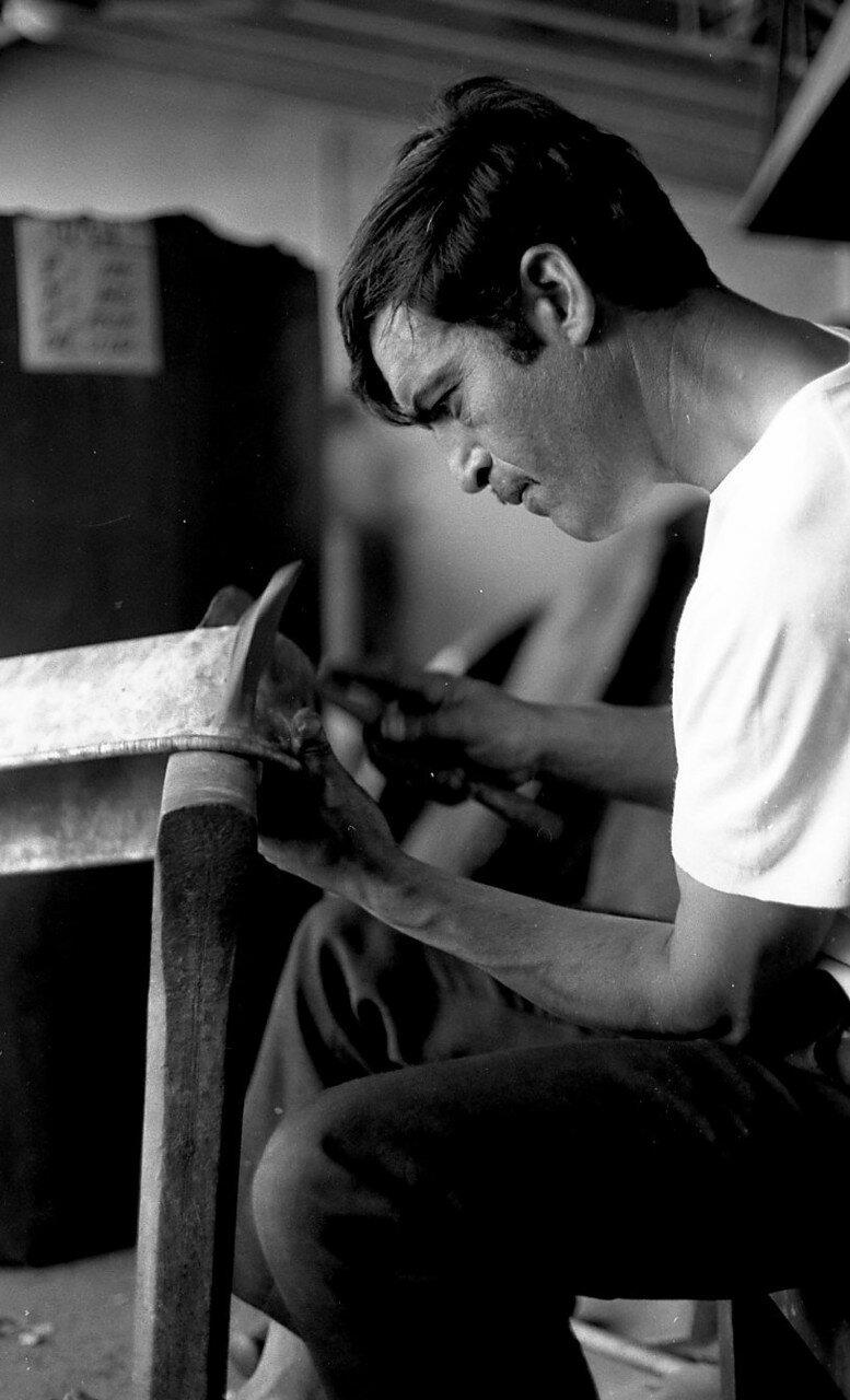 1969. Цыган жестянщик в Ле-План-де-Грасе
