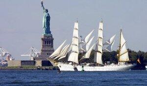 В Нью-Йорке сообщили о минировании статуи Свободы