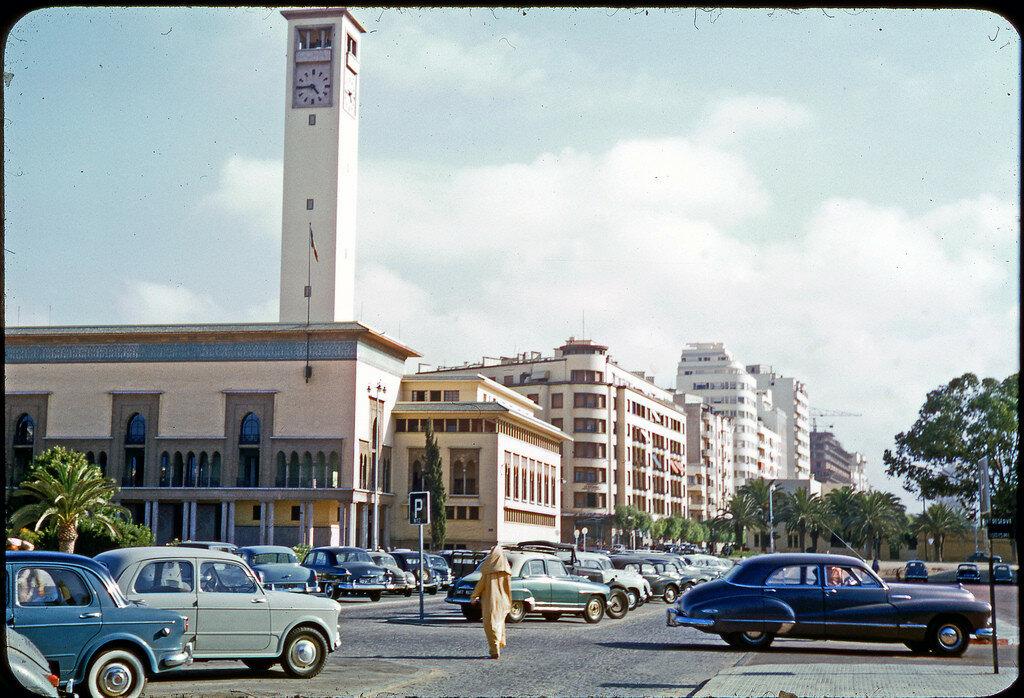1955 Maroc, Rabat, la Poste.jpg