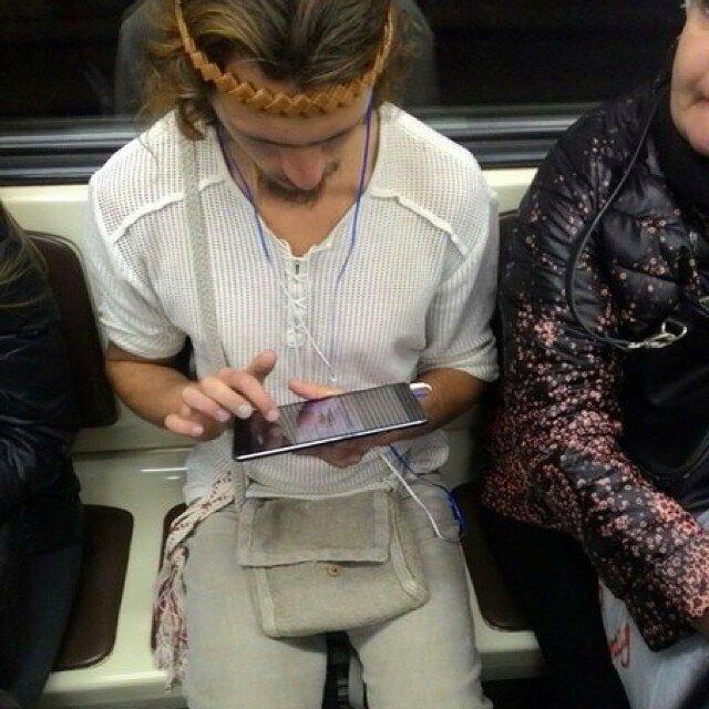 самые-странные-люди-в-метро18.jpg
