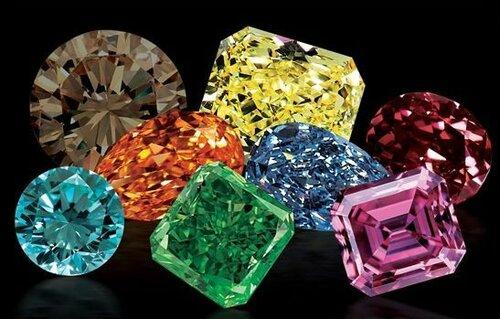 Всегда ли бриллианты бесцветны?