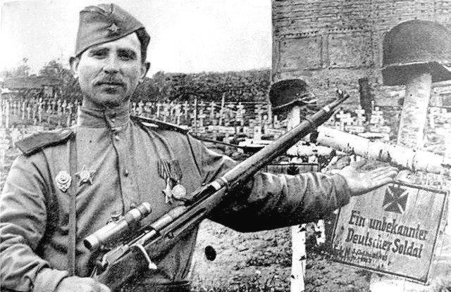 Снайпер Иван Петрович Меркулов.jpg