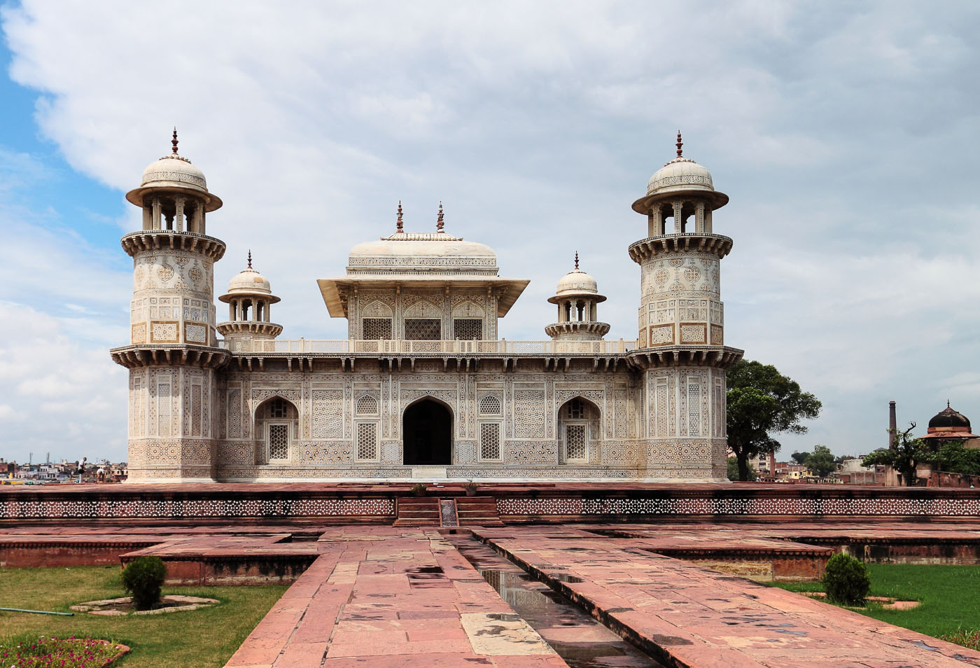 Фото 1. Туры в Индию. Гробница Итимад-Уд-Даула в Агре