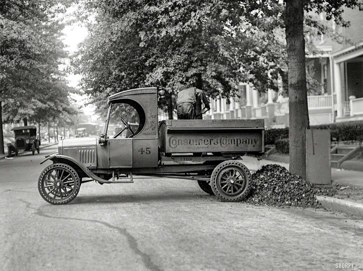 Специализированные транспортные средства начала 20-го века на снимках американских фотографов (51)