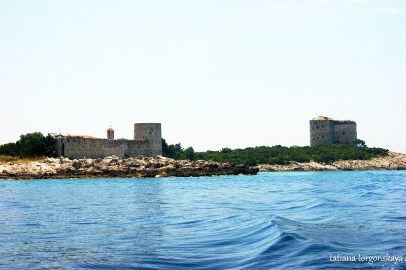 Крепость Арза и монасырь Жанице