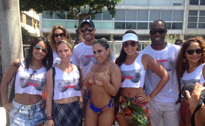 foto-i-video-topless-brazilyanok