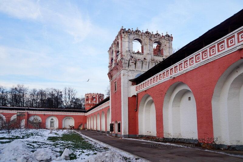 Юго-восточная угловая башня Донского монастыря, Москва