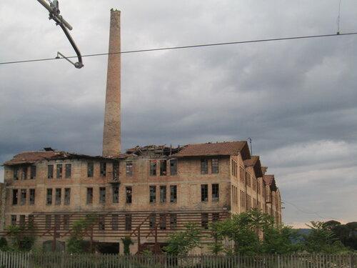 Ассизи фабрика.jpg