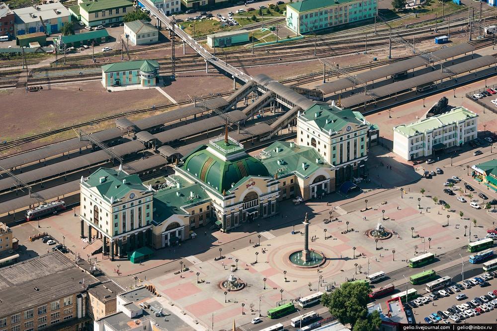 Krasnoyarsk-i-krasnoyarskie-Stolby-s-vysoty-59-foto