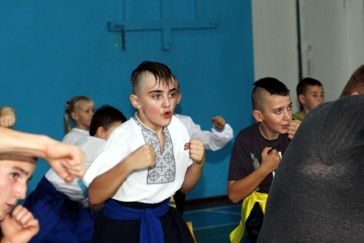 Квалификационный групповой экзамен в школе боевого гопака города Нетешин (Хмельницкая область) (20)