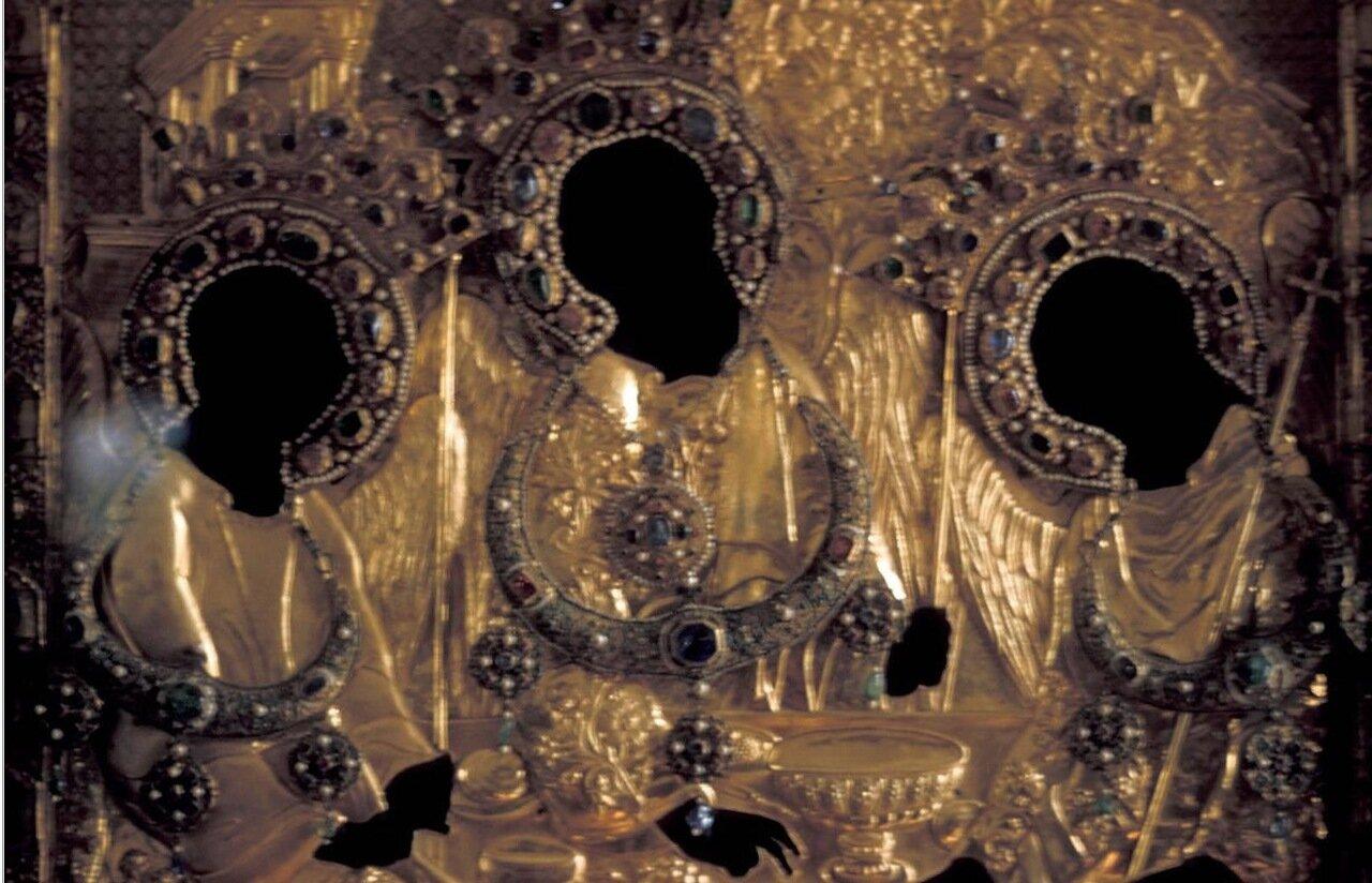Загорск. Троице-Сергиева лавра. Золотой киот