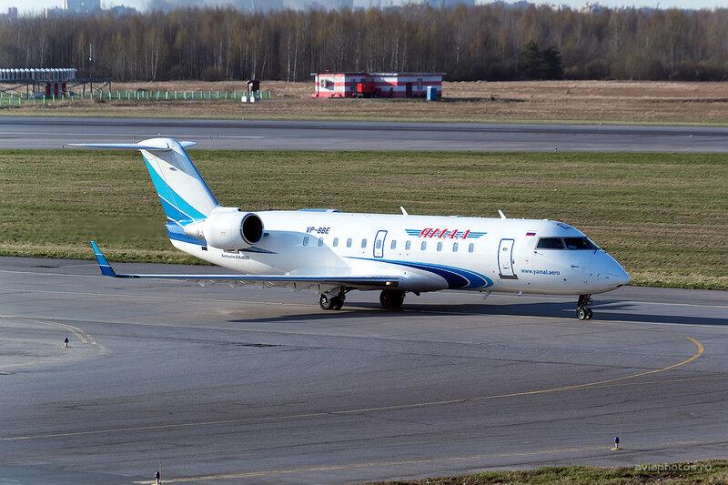 Bombardier CRJ-200LR (VP-BBE) Ямал D804490a