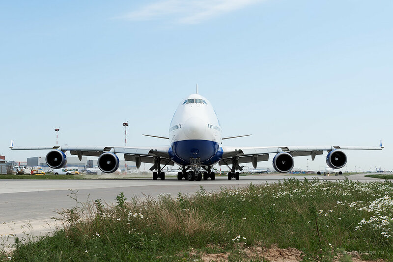 Boeing 747-4F6 (VQ-BHX) Трансаэро D700013a