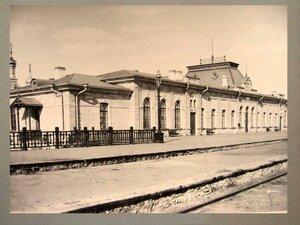 Пассажирское здание на станции Челкар