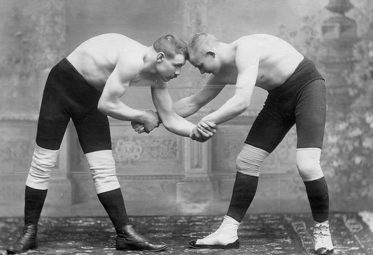 02. Момент французской борьбы, слева - борец Мюллер g