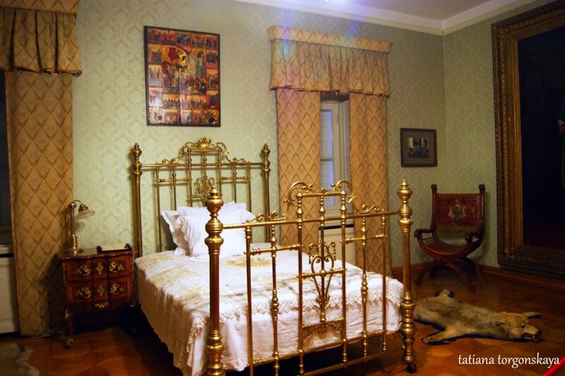 Интерьеры дворца короля Николы