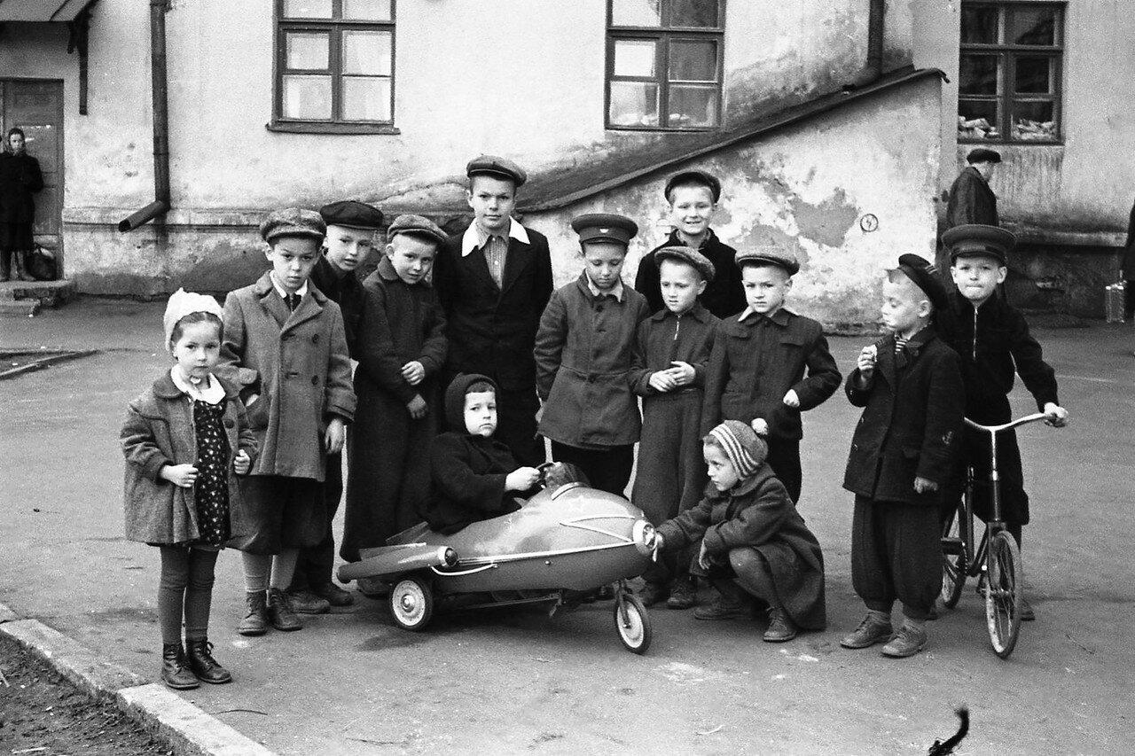 1950-е. Без подписи