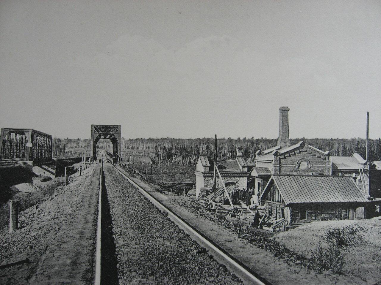 12. 2360 верста. Водоподъемное здание на станции Тинской. Строительный период 1910
