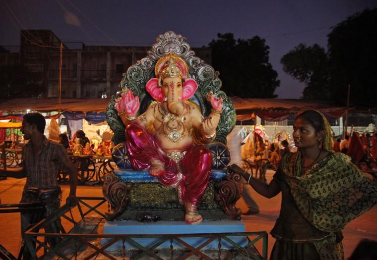 В Индии празднуют День рождения Ганеша 0 1454c7 49353dd4 orig