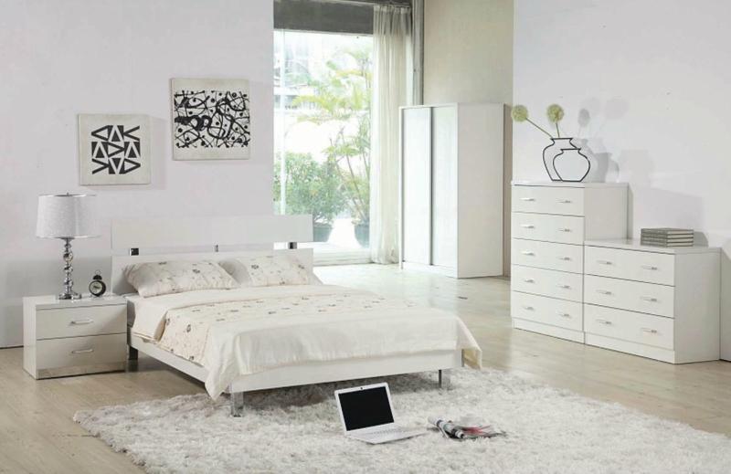 Белый цвет в интерьере спальни фото (5)