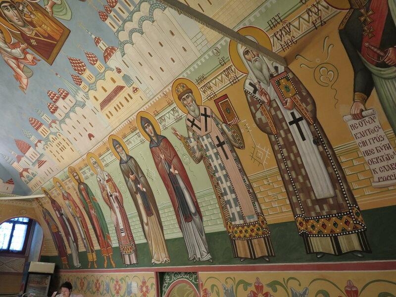 Трапезная Высоко-Петровского монастыря. Москва.