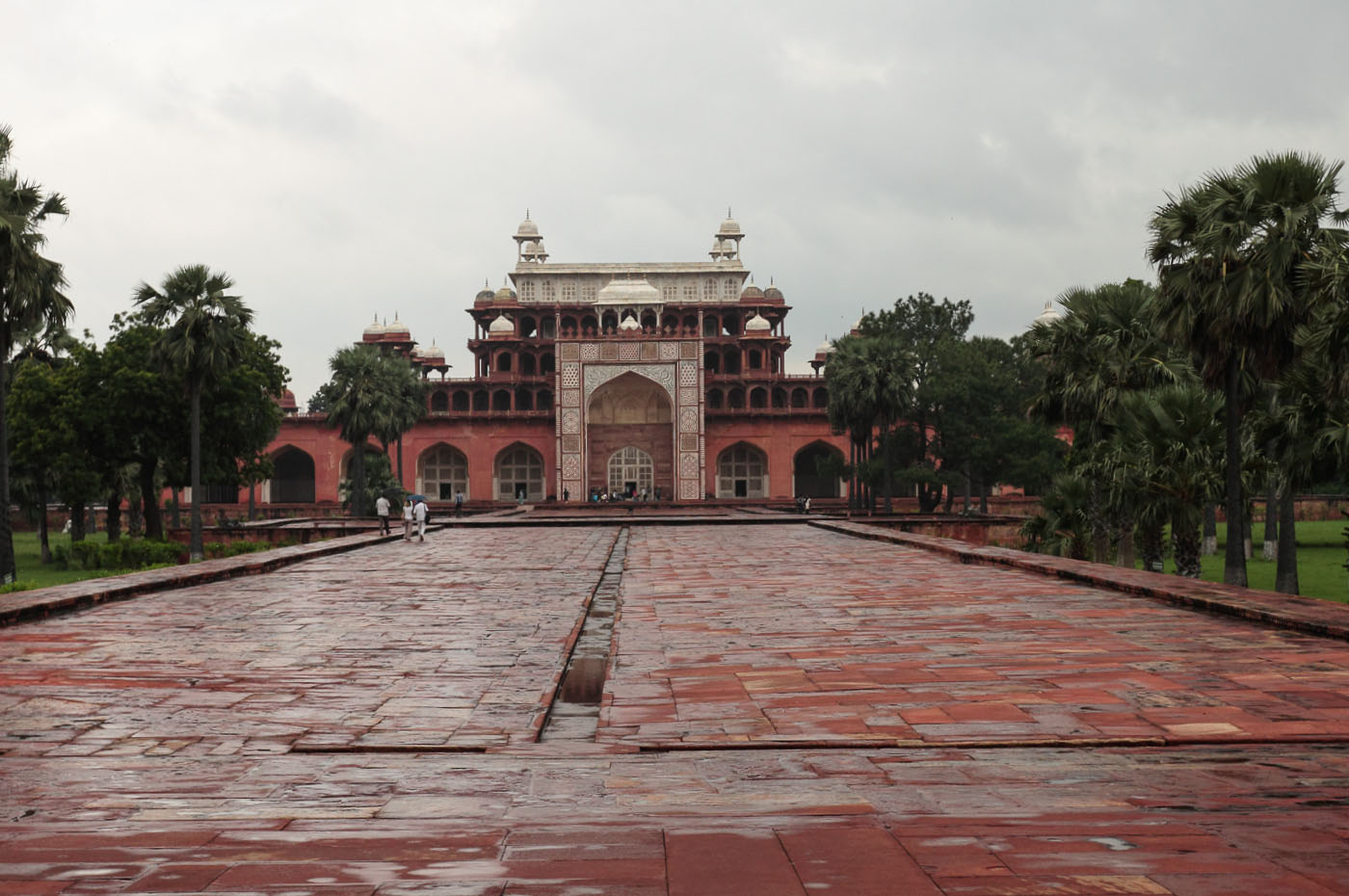 Фотография 20. Поездка по Золотому треугольнику Индии. Усыпальница Итимад-Уд-Даула в Агре