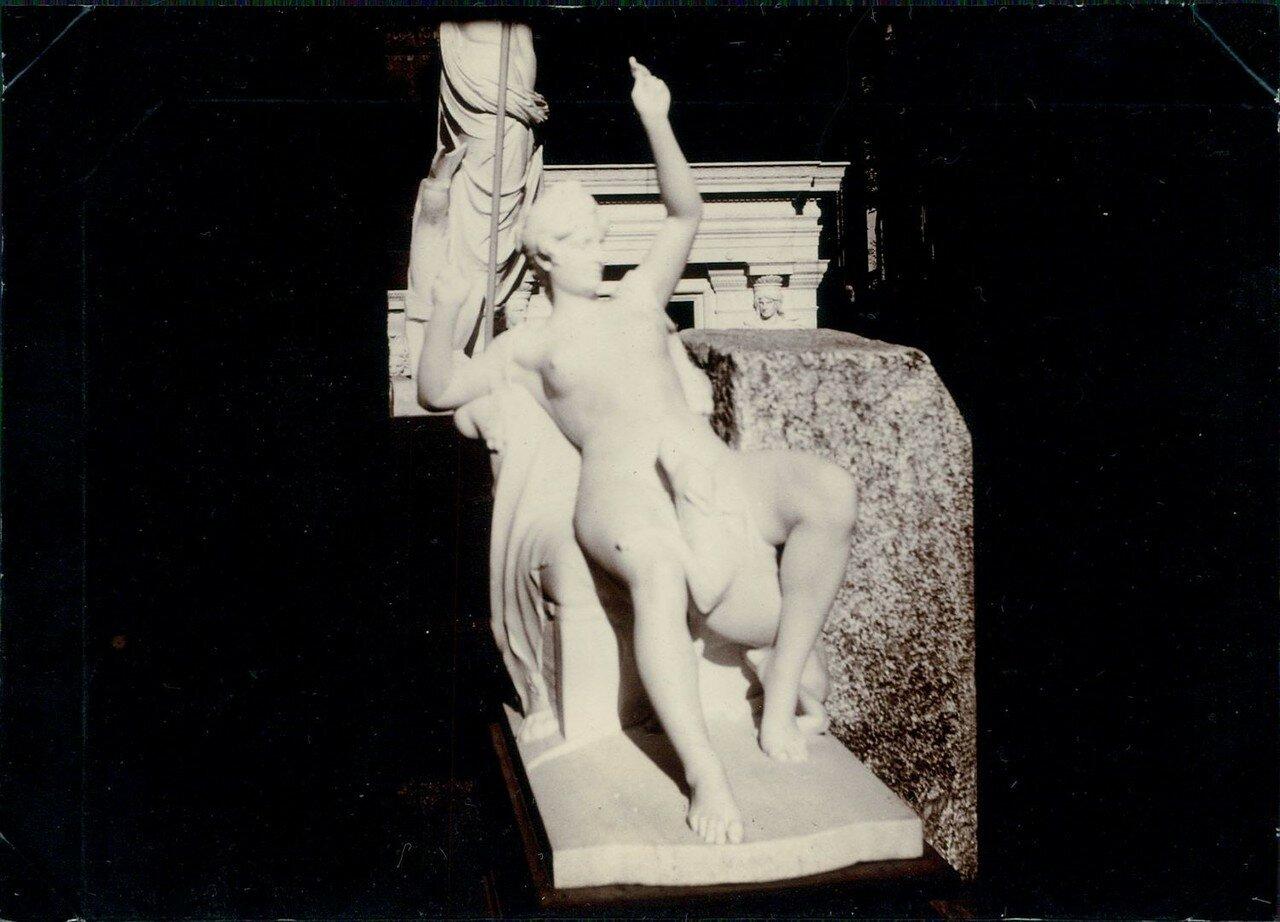 Павильон Греции. «Нана»