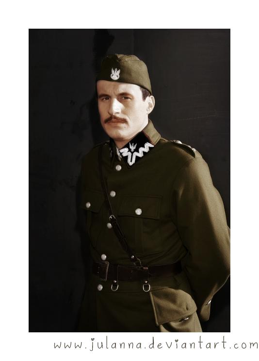 lieutenant_j__szymanski_by_julanna-d3cftw3.png
