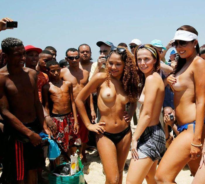 Topless brazilian — 4