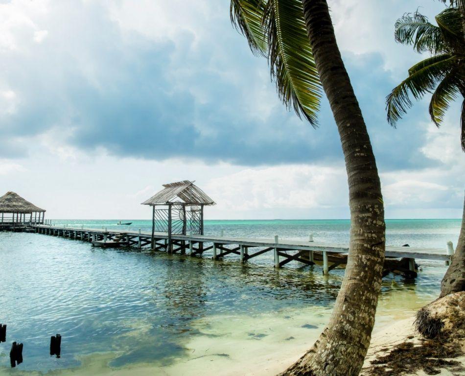 5. Амбергрис-Кайе, Белиз (© Scott E. Allen) Остров Амбергрис-Кайе имеет богатую историю. В разные вр