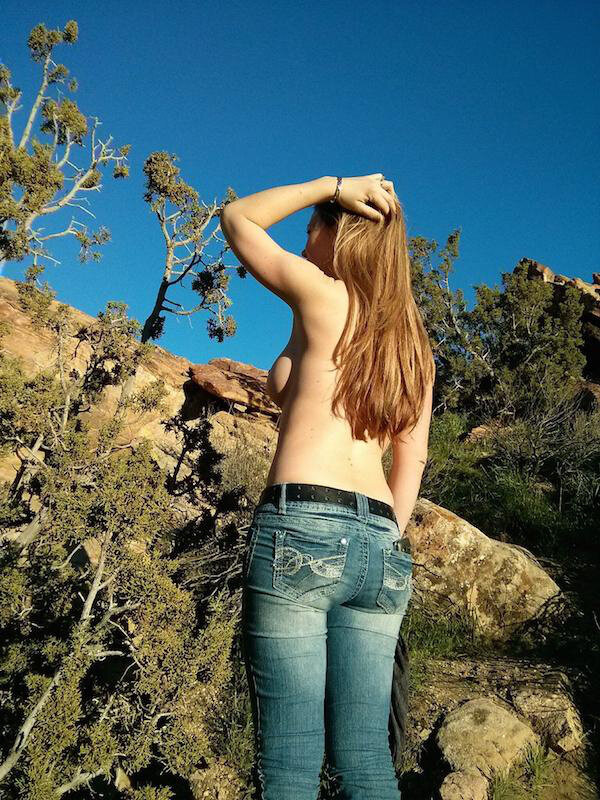 Show a topless girl in jeans 4