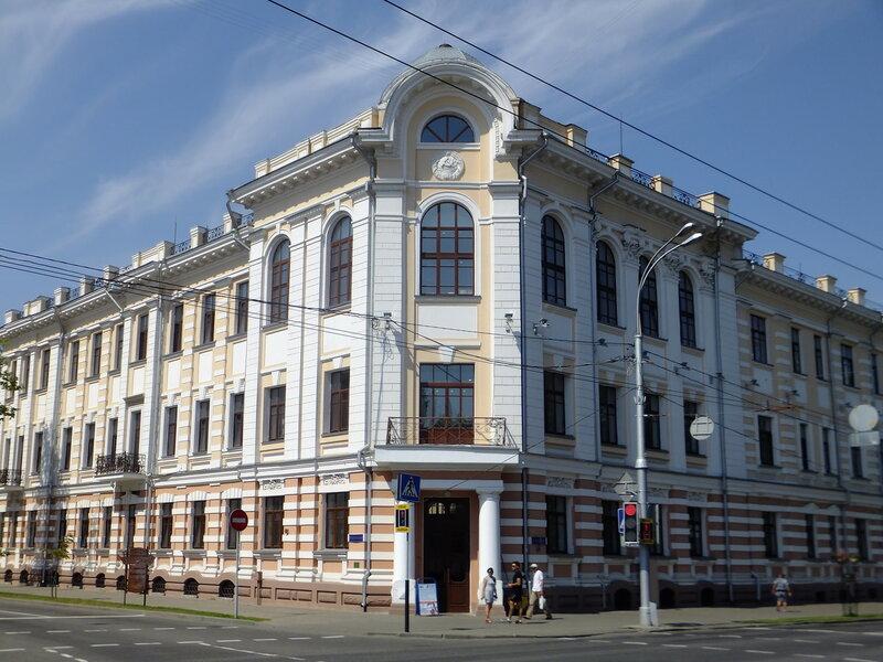 здание бывшего Орловского коммерческого банка
