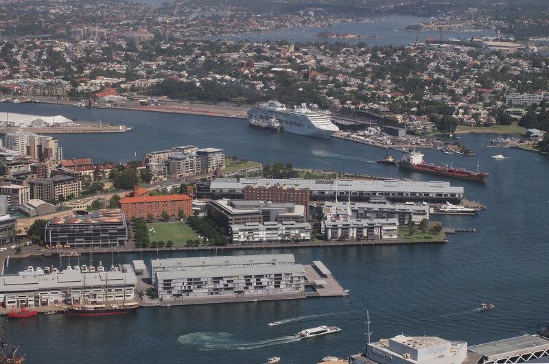 Вид на Сидней со смотровой площадки телебашни