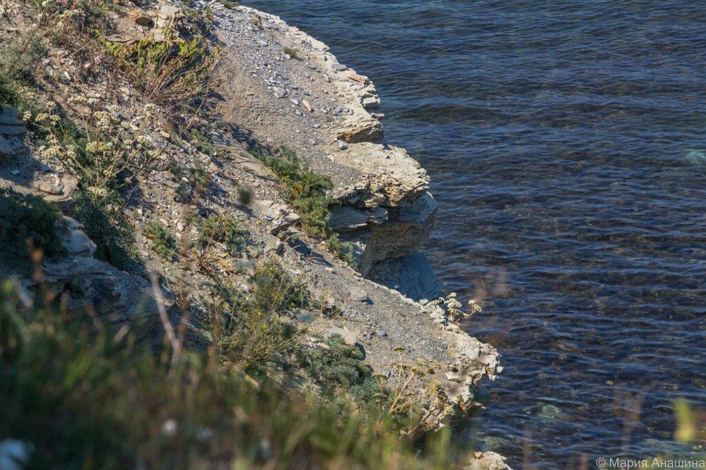 Скалы и прозрачное море, Геленджик