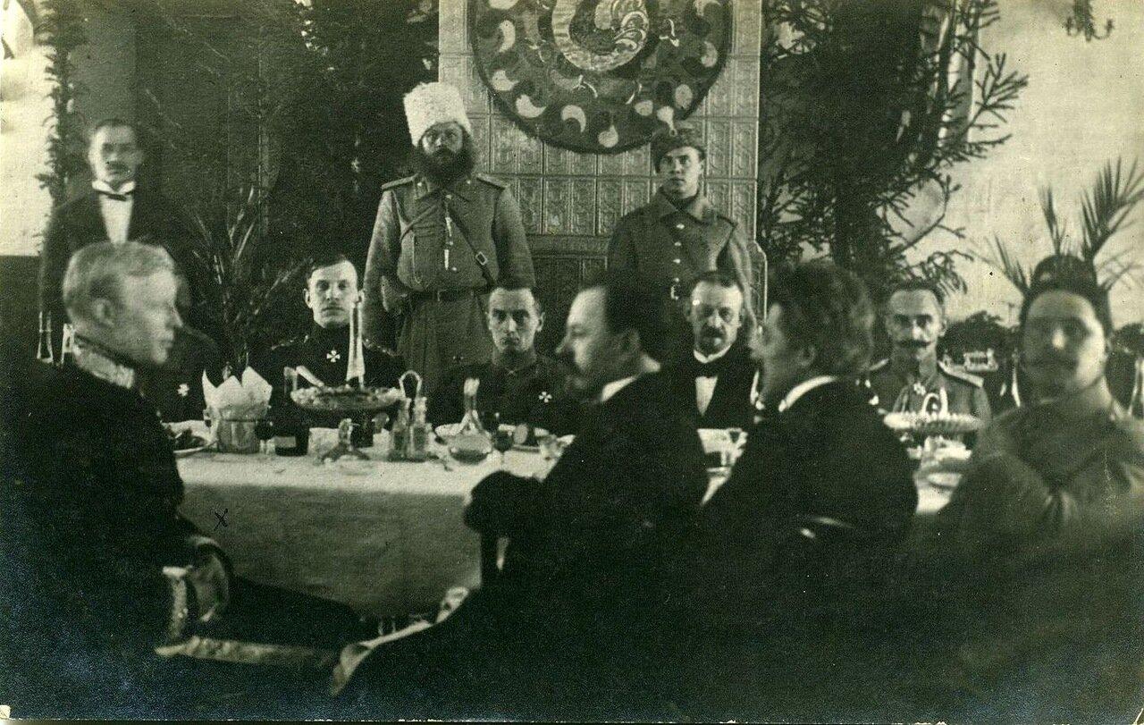 Колчак со штабом. 1918