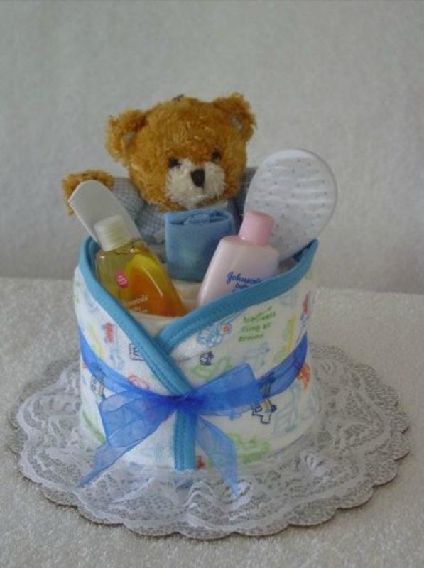 Украсить подарок для новорожденного 19