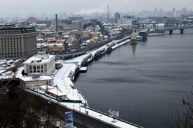 Киевский речной порт зимой
