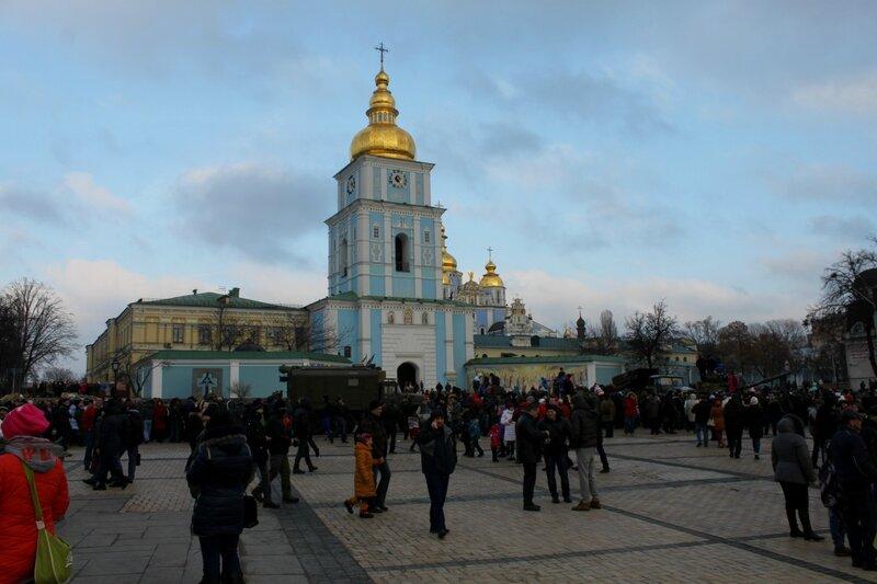 выставка военная техника михайловская площадь киев