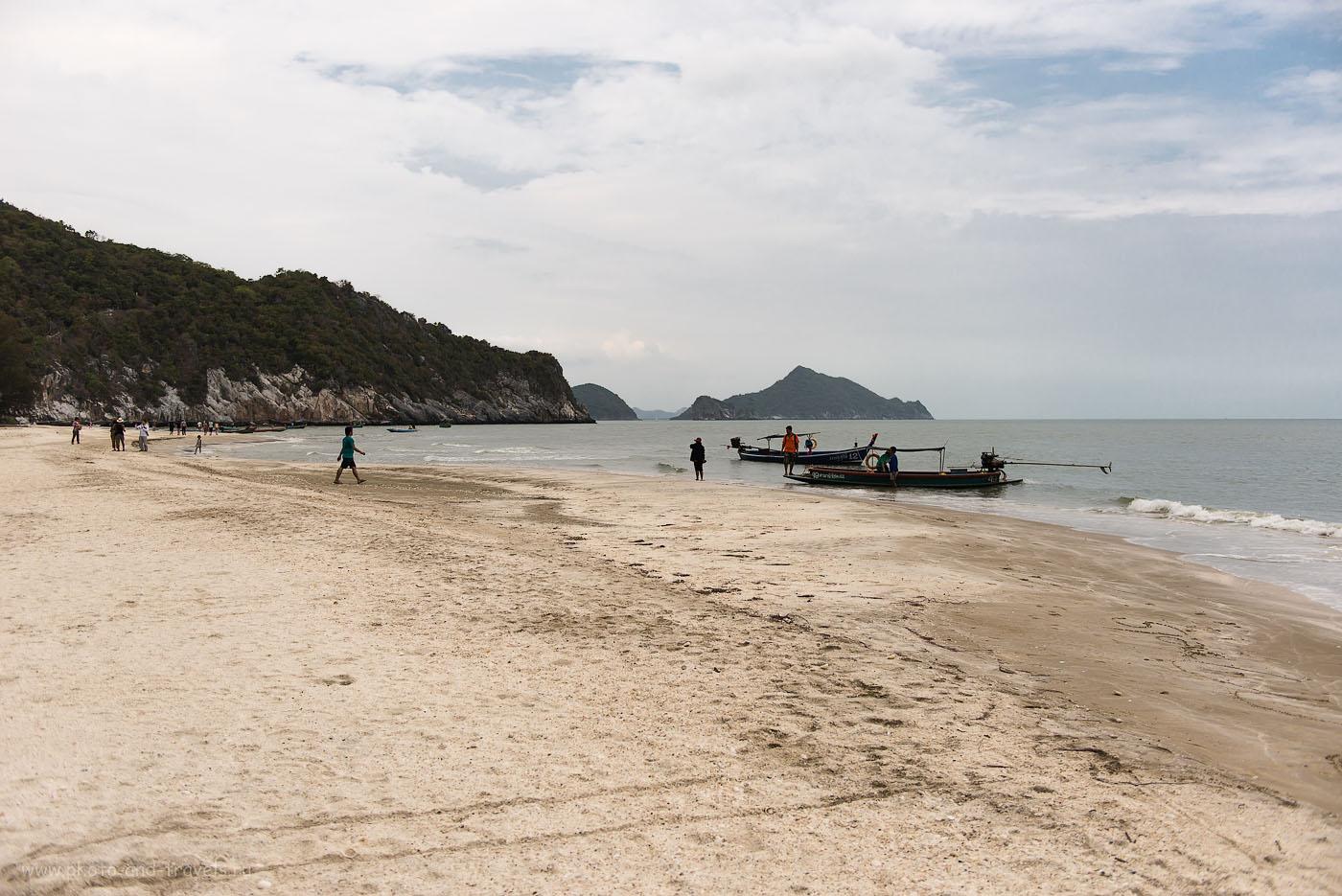 Фото 6. Обратно на пляж Bang Poo можно добраться на лодке. Отдых в Таиланде в окрестностях Хуахина. Экскурсия в пещеру Прайя Накхон (Phraya Nakhon cave) (100, 32, F=2.8, 1/1600)