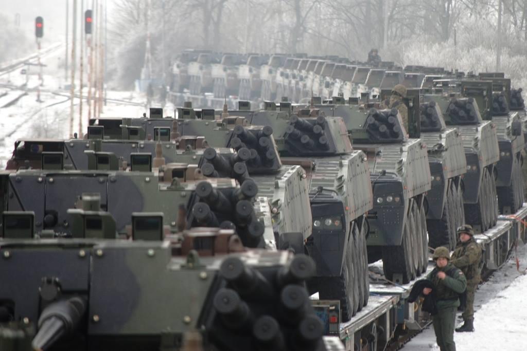 """Польский 1-й батальон легионеров """"Голубой Бригады"""" отправляется на полигон в Дравско"""
