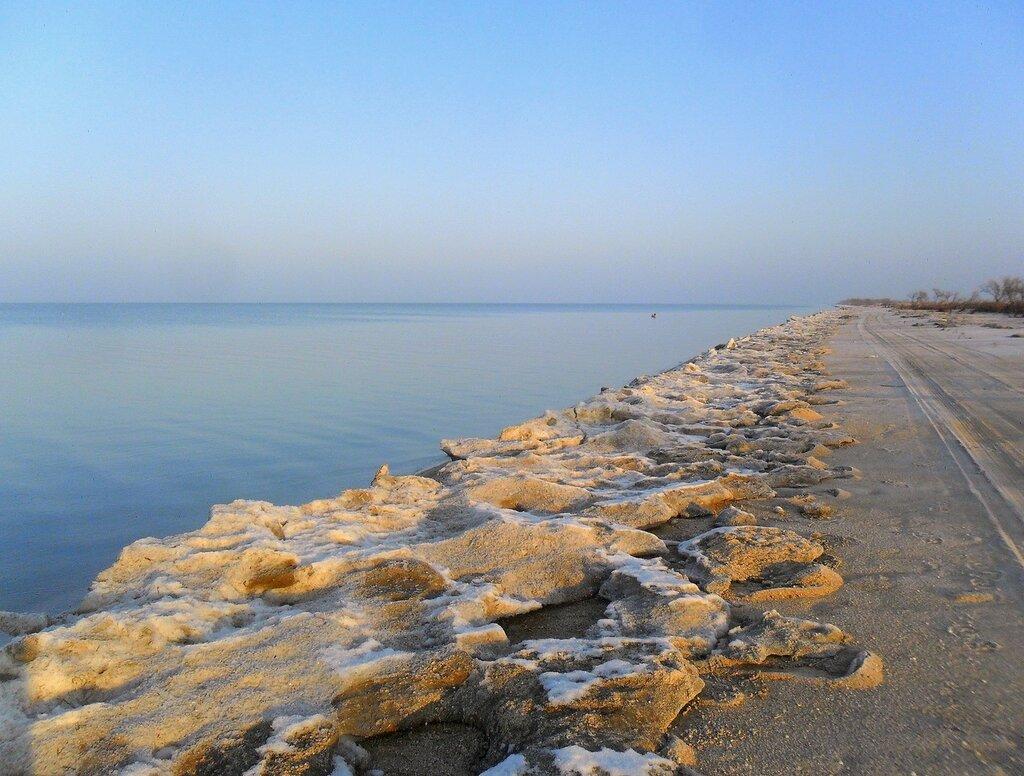 У моря, лёд на берегу ... SAM_5209.JPG