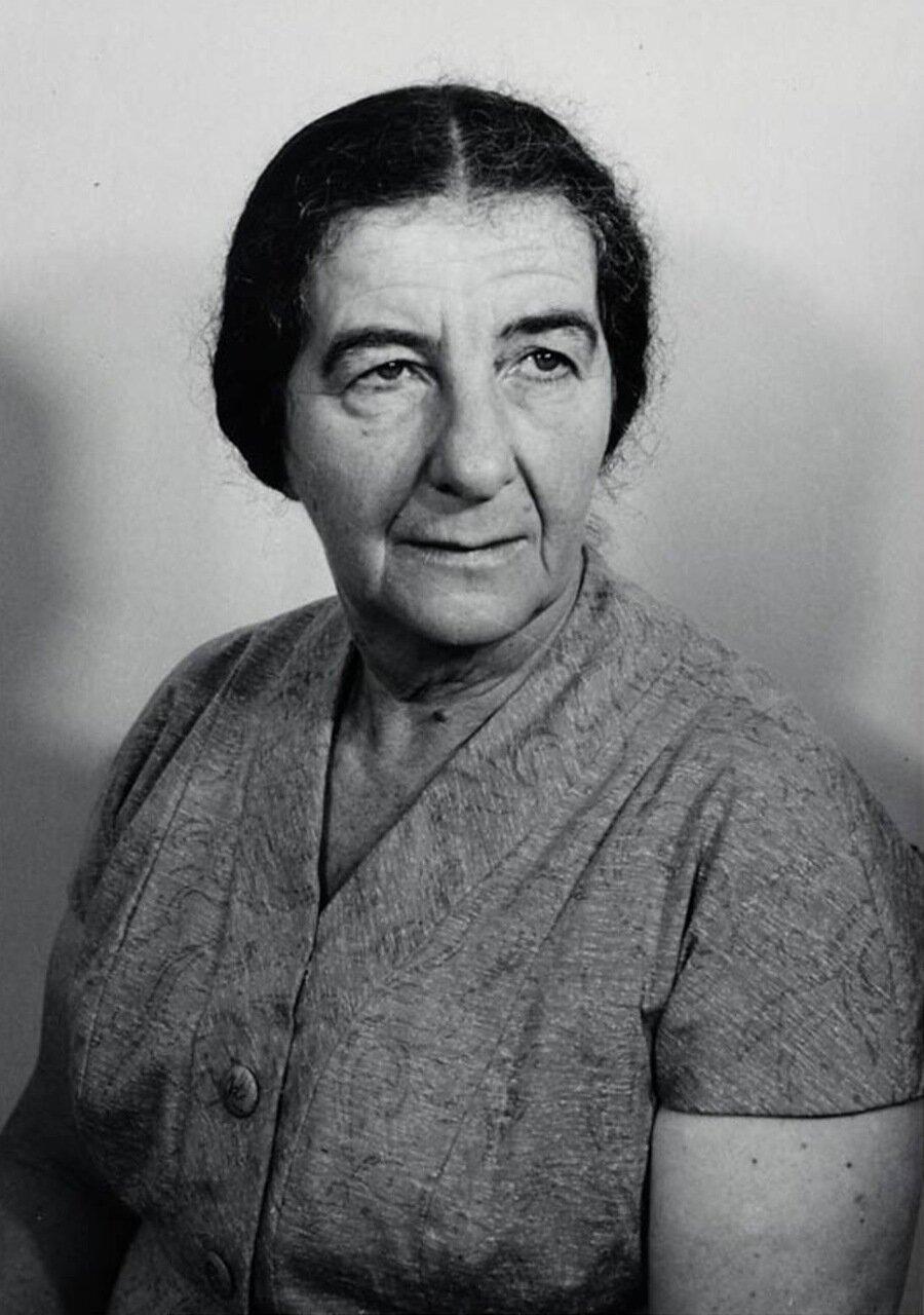1956.  Портрет Голды Меир, министра иностранных дел